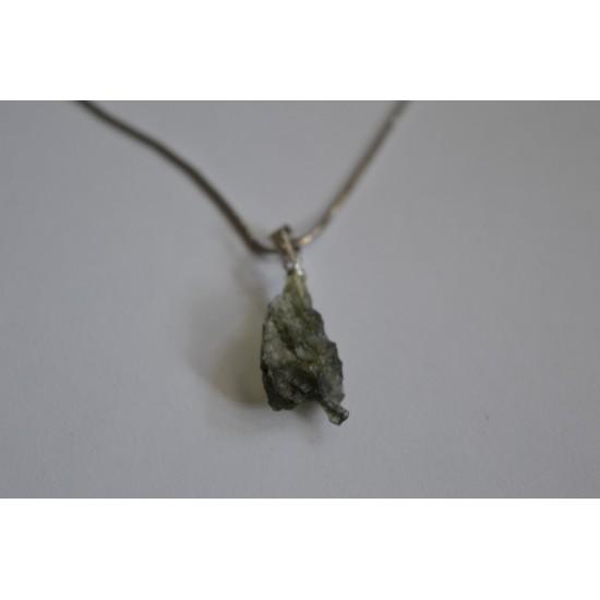 Moldavit kristal z srebrno 925 zaponko
