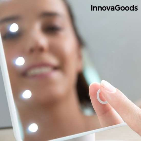 Namizno LED ogledalo
